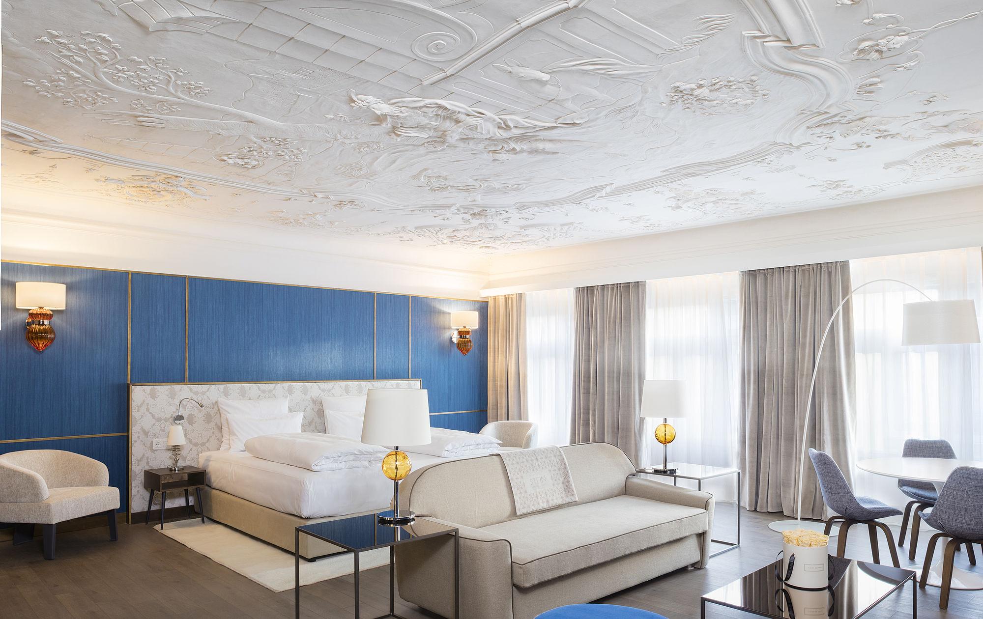 wohnen wellness in salzburg hotel stein. Black Bedroom Furniture Sets. Home Design Ideas